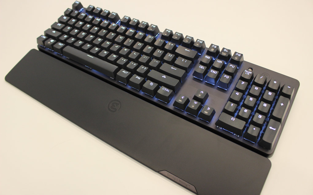 Review GameSir GK300 Wireless Mechanical Gaming Keyboard